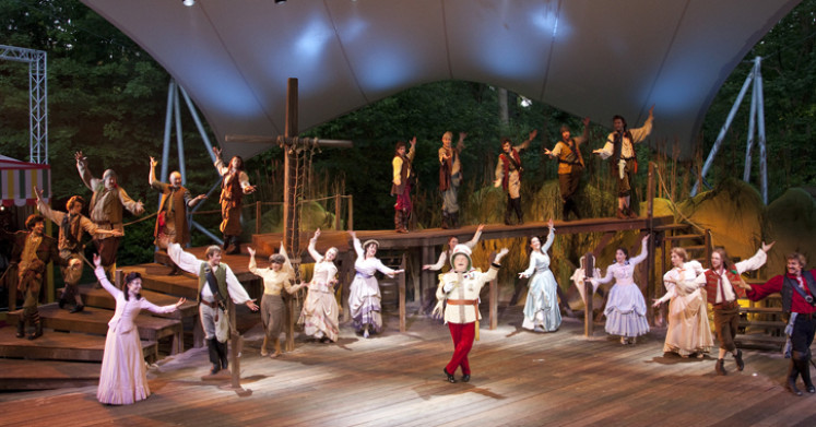 Pirates of Penzance at Kilworth House Theatre – 2011